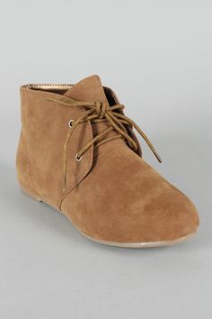 Free-35 Suede Lace Up Flat Ankle Bootie