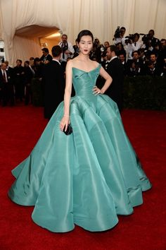 The Met Gala 2014 - How does he (Zac Posen) do this?!?