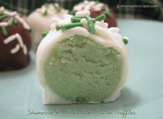 Shamrock No-bake cake Batter Truffles - so cute! Perfect for st. Patricks Day or even Easter!