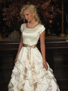 Wish this was strapless it would be perrrfect :) lds wedding ball gowns themarriedapp.com hearted <3