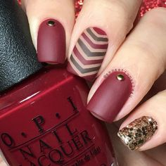 In look for some nail designs and ideas for your nails? Here is our list of 25 must-try coffin acrylic nails for fashionable women. French Nails Glitter, Fancy Nails, Pretty Nails, Gold Glitter, Simple Nail Art Designs, Best Nail Art Designs, Easy Nail Art, Toe Designs, Matte Nails
