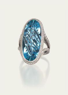 Aquamarine Ring - Aquamarine, Diamond Pavé, Platinum.