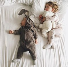 Matching Wears offers high quality matching outfits at discount prices, Get huge selection of cute matching family, couples, friends & baby outfits today! So Cute Baby, Baby Kind, Cute Kids, Cute Babies, Little People, Little Ones, Kind Photo, Everything Baby, Baby Family