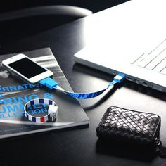 Loop Micro USB & Apple iPhone Cable