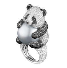 de Grisogono - Jewellery 2012   ... olarak SM Luxuria dergisinin Yaz 2012 sayısında yayımlanmıştır