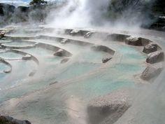 / Wairakei Geothermal Terraces, New Zealand