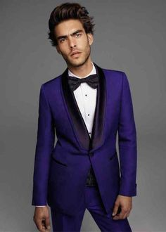 This tuxedo is a flamboyant take on the traditional royal blue ...