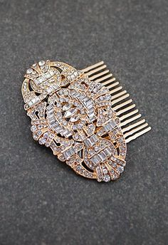 The Great Gatsby inspired Rose Gold Bridal Crystal Hair Comb from EarringsNation Vintage Style Weddings