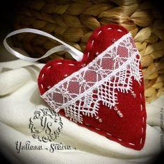 """Купить Елочное украшение """"сердце с веточкой"""" - ярко-красный, сердечко, кружево, белый, зеленый"""