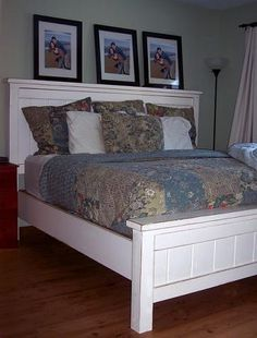 "Queen size farmhouse bed, free plans: ""My farmhouse bed has all the top qualities of a Knock-Off Wood furniture plan: cheap, easy, fast, beautiful, simple, durable, no special tools required. And did I mention that this bed is solid wood? Nope, no MDF in this bed. I spent a total of $120 on this bed, using some scraps, leftover paint, and off the shelf lumber."""