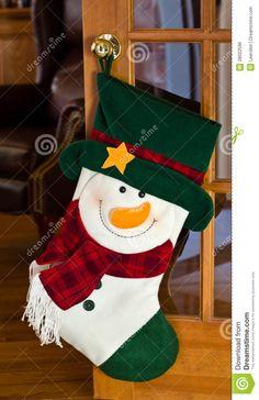 Christmas Party Games, Christmas Crafts For Kids, Christmas Holidays, Christmas Decorations, Ring Christmas Bells, Christmas Cross, Felt Christmas Stockings, Diy Gift Box, Christmas Paintings