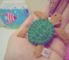 """71 curtidas, 2 comentários - Flor Ideias (@flor_ideias) no Instagram: """"Tartaruguinha  lindinha #florideias #tartaruga #tartarugamarinha #turtle #chaveirodefeltro…"""""""