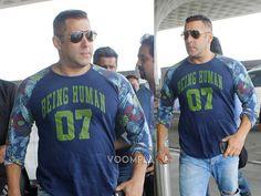 Salman Khan at Mumbai airport. via Voompla.com