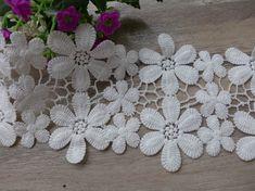 Nylon Lace Edging FREE UK P/&P Two Widths Daisy Flower Pattern