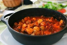 I love casseroles and stew but always end up using red meat, so it makes a pleasant change to move onto chicken! http://myweightlossdream.co.uk/my-slimming-world-chicken-casserole-recipe/ #weightloss #slimmingworld #recipes
