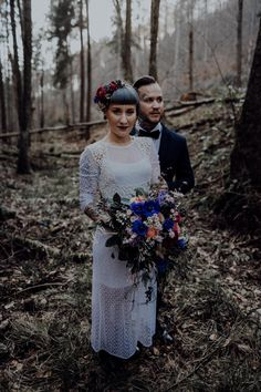 Inked-spiration Styled Shoot im Wald Tattoo Bunt, Victorian, Ink, Dresses, Style, Fashion, Pictures, Paper Mill, Garlands