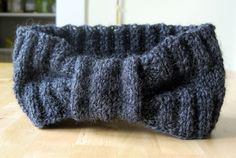 Easy Homemade Boho-Chic Headband Pattern Just in Time for the Cold! - TPL -could possibly use old t shirts?