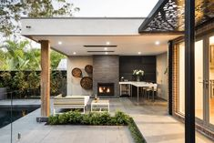 A well-formed backyard lounge design delivers the Patio Roof, Pergola Patio, Pergola Plans, Backyard Patio, Pergola Ideas, Landscaping Ideas, Modern Pergola, Metal Pergola, Modern Backyard