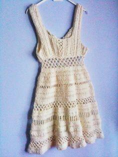 Summer Dress - part of the roundup of 10 free crochet dress patterns for women!