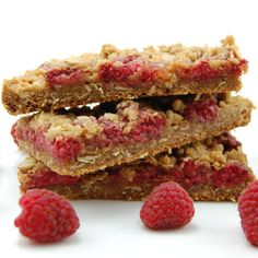 Raspberry Crumb Breakfast Bars  Ingredients:  1 1/2 cups all-purpose flour 1 cup firmly packed dark brown sugar 1 1/4 cups rolled oats 3/4 t...