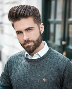 Want a straighter beard? Check out the best straight beard styles and learn how to achieve them (even if you have a curly beard!) with beard straightening products like beard balm and beard straightening combs and brushes. Trending Hairstyles For Men, Mens Hairstyles With Beard, Cool Hairstyles For Men, Haircuts For Men, Classic Mens Hairstyles, Men's Hairstyles, Popular Beard Styles, Beard Styles For Men, Hair And Beard Styles