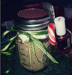 Penne & Pearls: Christmas Gift Mason Jars DIY