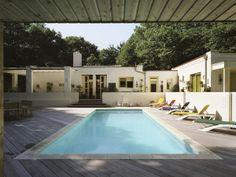 Verbouwing/uitbreiding bosvilla met zwembad te Oss