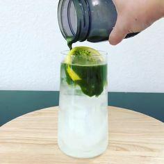 Matcha Limonade - New Ideas Coffee Drink Recipes, Coffee Menu, Coffee Drinks, Matcha Tee, Matcha Drink, Matcha Lemonade Recipe, Green Tea Recipes, Iced Tea Recipes, Strawberry Smoothie