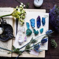 """beautycreek: """"More Crystals and minerals ✌ """" Crystals Minerals, Rocks And Minerals, Crystals And Gemstones, Stones And Crystals, Rare Gemstones, Blue Crystals, Crystal Magic, Crystal Grid, Crystal Healing"""