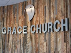 Natural satin aluminum church letters on pallet wall Church Lobby, Church Foyer, Church Office, Unity Church, Church Interior Design, Church Stage Design, Church Welcome Center, Modern Church, Church Ministry