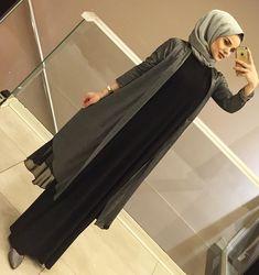 Abaya Style 650559108649275840 - Source by Abaya Style, Hijab Style Dress, Abaya Fashion, Muslim Fashion, Fashion Dresses, Abaya Mode, Mode Hijab, Stylish Dresses, Feminine Fashion