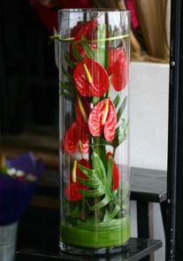 Decora los espacios con flores