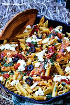 >>>>>Mediterranean Chicken Pasta - This flavor profile is reminiscent of the Mediterranean coast with spinach, sun dried tomatoes, pine nuts, feta, and olives.  Step-by-step photos.
