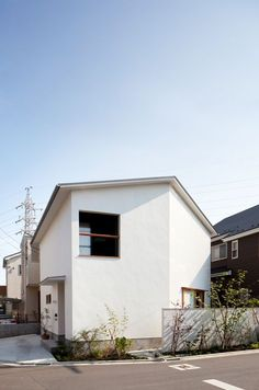 Modern Home in Japan Exterior Wall Design, Cafe House, Small House Design, Custom Homes, Future House, Tiny House, Facade, Architecture, Building