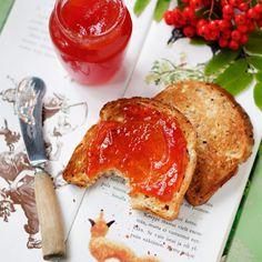 Rowanberry marmalade with vanilla
