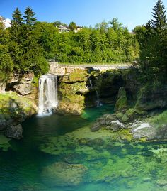 Clear waters at Traun waterfalls in Upper Austria (by stmax1982).