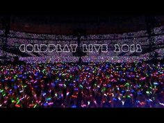 amazing lights and treatments - Coldplay Live 2012 (Official Trailer) Coldplay Live, Coldplay Concert, Coldplay Ghost Stories, Cinema Camera, Music Wall, Hip Hop Artists, World Music, Official Trailer, Great Bands