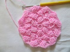 Crochet with love - Hand made Ája: ZIG ZAG čepička Zig Zag, Crochet Patterns, Handmade, Caps Hats, Head Bands, Dots, Hand Made, Crochet Pattern, Crochet Tutorials