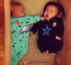 Eagles fans learn extremity from an early age Funny Football Memes, Cowboys Memes, Funny Sports Memes, Nfl Memes, Sports Humor, Dallas Cowboys, Pittsburgh Steelers, Philadelphia Eagles Logo, Nfl Philadelphia Eagles