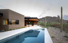 Single Storey Hillside Residence Exhaling Simple Sophistication in Paradise Valley, Arizona
