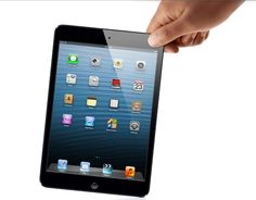 Apple announced the iPad mini today. It could suit those who don't own an iPad or wanted something smaller. Maybe even those who want an iOS-based tablet, but felt the iPad was a bit too big. Ipad Mini, Mini Apple, Apple Mac, Samsung, Appel Video, Tim Cook, 4g Tablet, Tech Gifts, Retina Display
