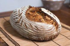 flair food: Kváskový chléb s 50% podílem žitné mouky a 80% hydratací Sourdough Recipes, Baked Potato, Good Food, Food And Drink, Bread, Baking, Ethnic Recipes, Desserts, Hampers