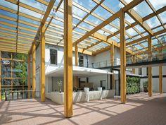 Gebouw als grondstoffendepot Gemeentehuis Brummen