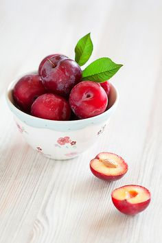 Fresh Red Apples #BravoWellness | http://ow.ly/smu8K