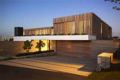 Beachyhead – Elegant Home with Stunning View by SAOTA Architects - InteriorZine