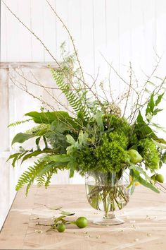 arrangement of natural items - bouquet - fern, moss, twigs -- Chic & Country - Issue 11 - Page Bloom And Wild, Wax Flowers, Tea Tree, Ferns, Green Leaves, Tree Branches, Floral Arrangements, Greenery, Chic