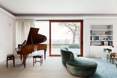 vleugel in moderne woonkamer