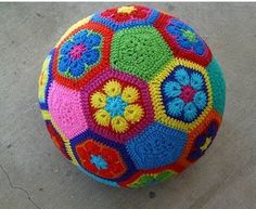 Crochet: African flower ball