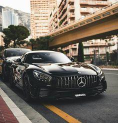 Mercedes AMG GTR.