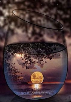 iphone 11 wallpaper - Everything About Women's Moonlight Photography, Glass Photography, Creative Photography, Amazing Photography, Nature Photography, Adventure Photography, Cute Wallpaper Backgrounds, Pretty Wallpapers, Galaxy Wallpaper